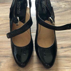 Michael Kors black patent leather heels size 7